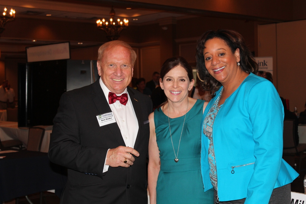 Don Hodor, Diana Irey Vaughan, and Tracey Kemp Mcdonald at the Southpointe Chamber Racetrack Road Trade Show